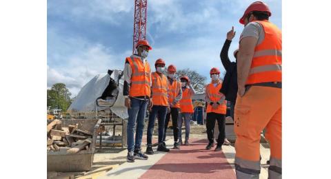 Visiter un chantier ou une entreprise permet de se projeter, ou pas, dans un univers professionnel. Une expérience enrichissante à coup sûr.