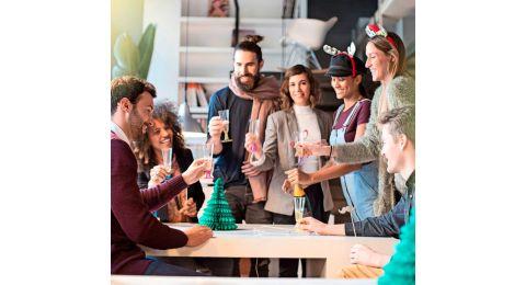 Organiser un apéro de rentrée est une bonne idée pour contribuer à accueillir les collaborateurs, mais aussi recréer du lien entre eux et l'entreprise.